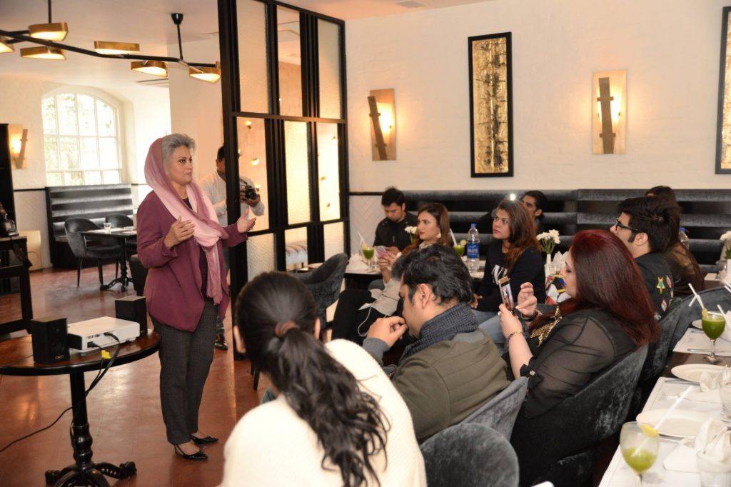 Battle Against Mercury ! – Makeup Maestro Masarrat Misbah speaks up against Whitening Formula Creams to Bloggers in Lahore