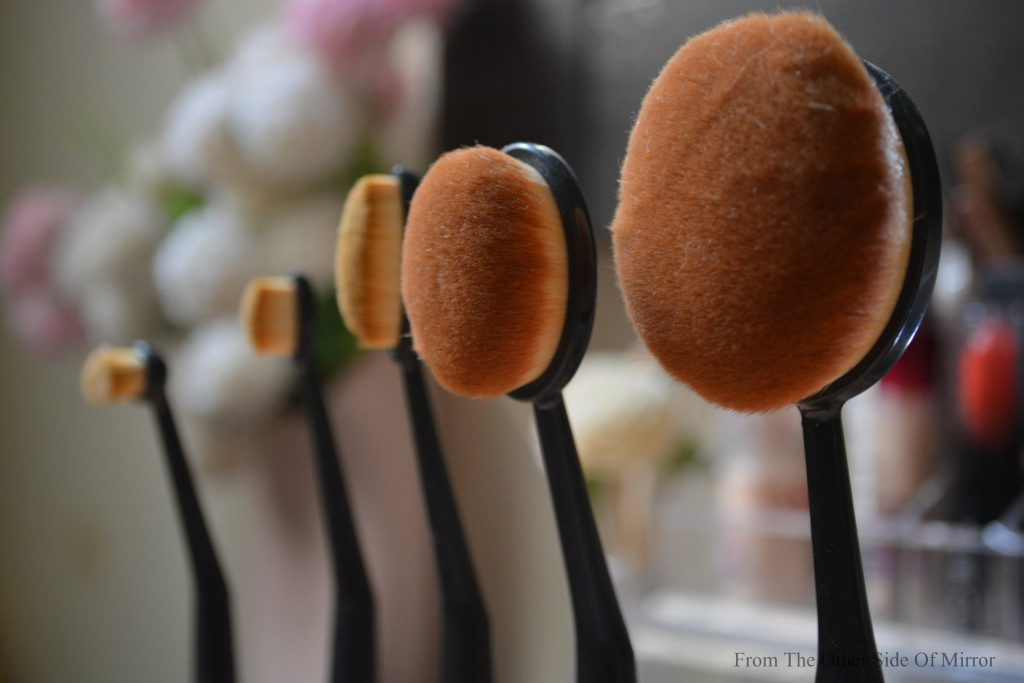 When Dupes Rule ! – 5 Piece Oval Brush set (Review)